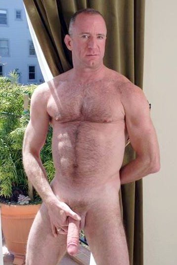 Mature daddy big dick
